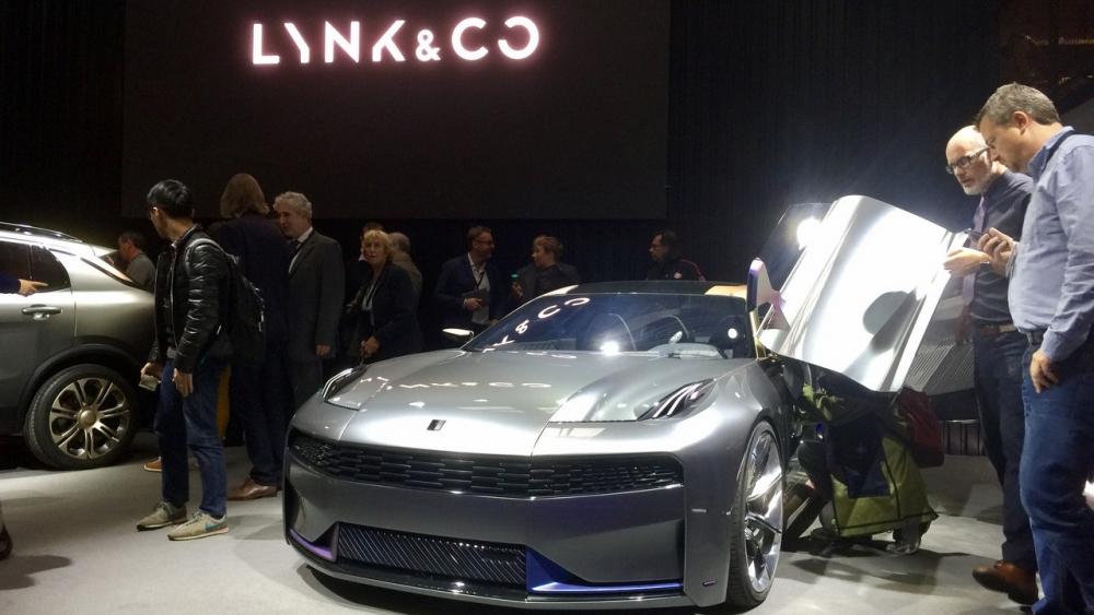 شركة Lync & Co الجديدة تكشف عن سيارة سيدان رياضية اختبارية