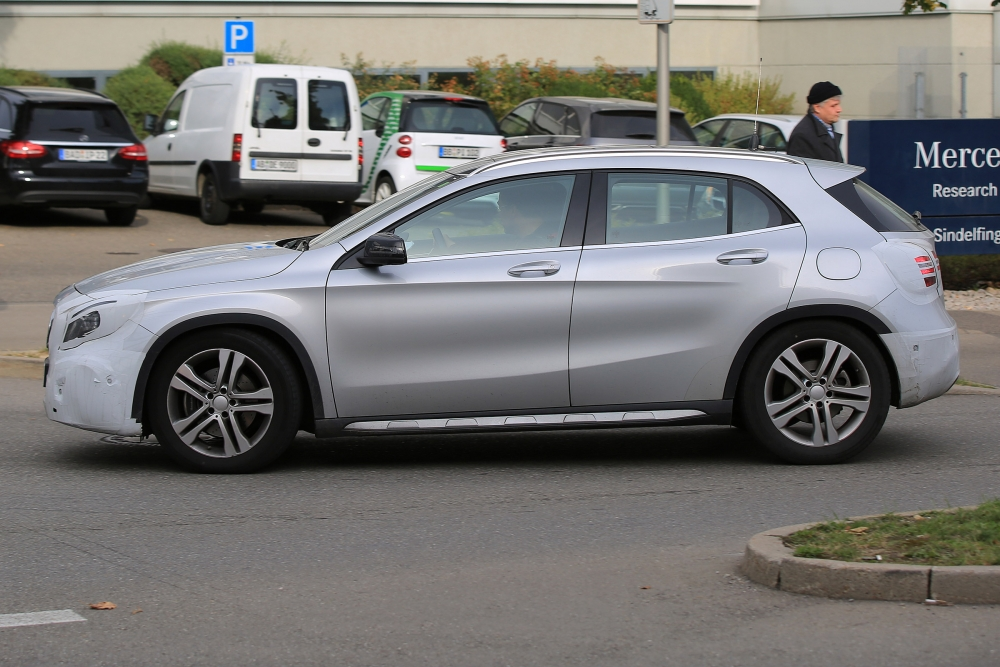 mercedes-gla-facelift-004