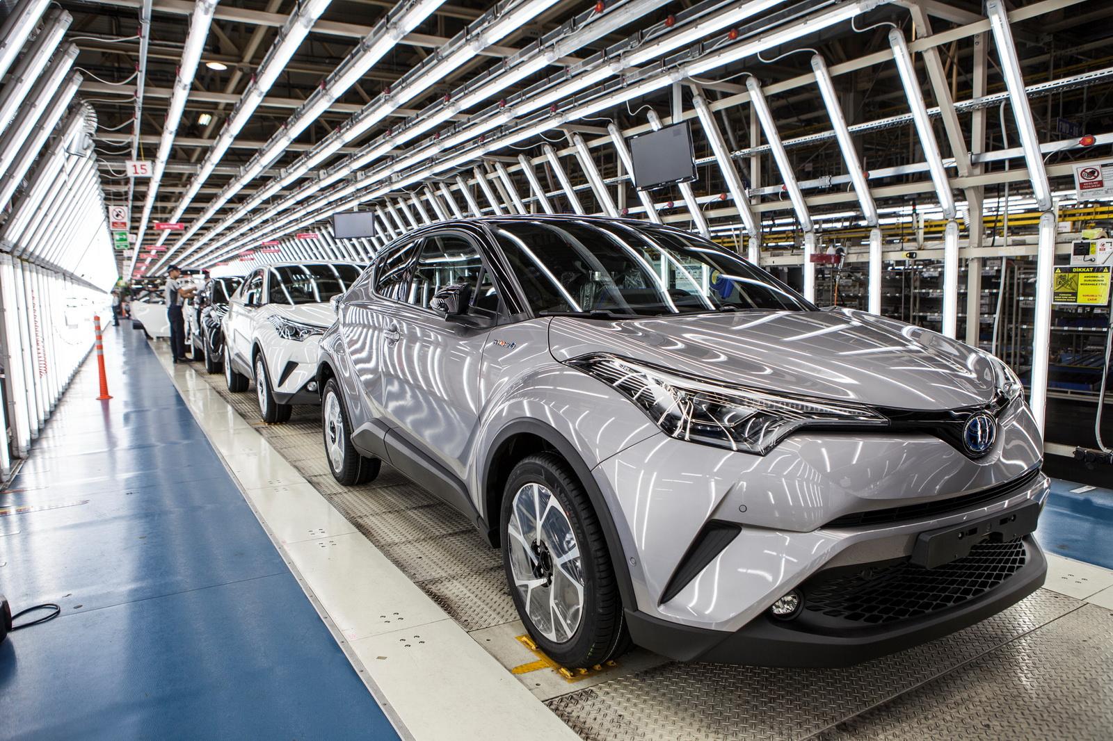 سعودي شفت » شركات السيارات » تويوتا » تويوتا تبدأ في إنتاج C-HR الجديدة كلياً في تركيا