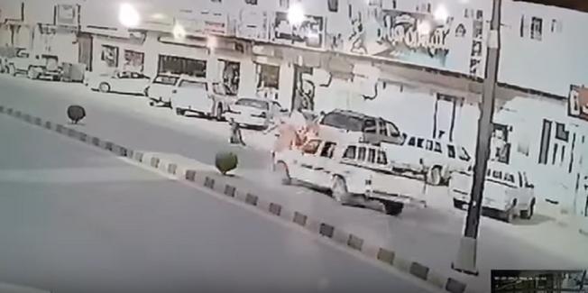 العناية الإلهية تنقذ طفلاً من حالة دهس أمام أعين والده في السعودية