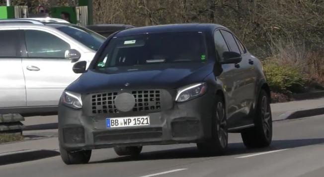 مرسيدس GLC 63 AMG كوبيه تظهر للمرة الأولى على الطرقات