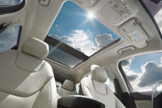 كيف تختار التظليل ذو العزل الحراري المناسب لسيارتك؟