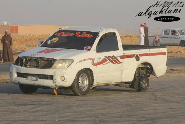مرور مكة يوقف 27 سيارة و 22 درباوياً بسبب التفحيط