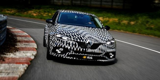 رينو ستكشف عن ميجان RS الجديدة كلياً في سباق موناكو للفورمولا ون