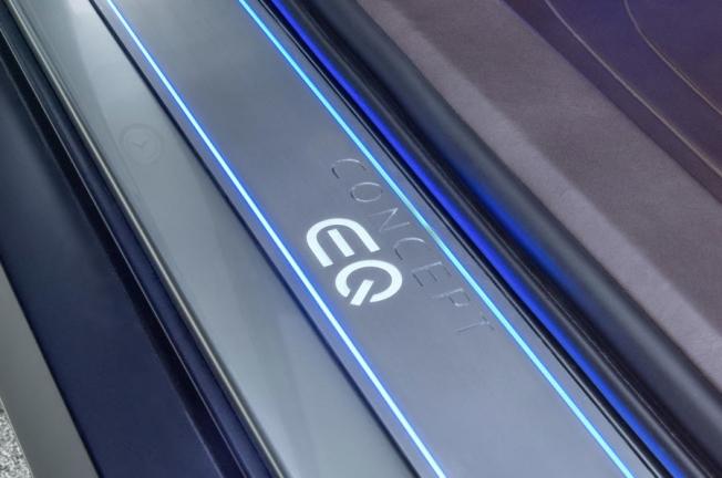 مرسيدس ستكشف عن هاتشباك كهربائية اختبارية لقسم EQ في فرانكفورت