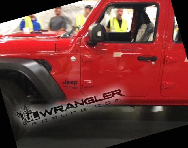 جيب رانجلر الجديدة كليًا تظهر لأول مرة بدون أي تمويهات