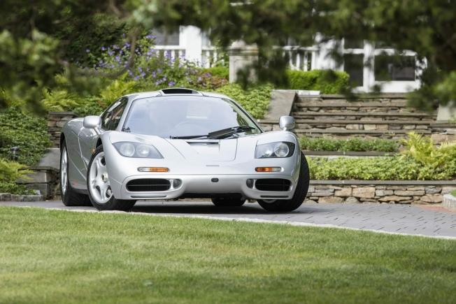 أول مكلارين F1 قانونية على الطرق الأمريكية تباع بمبلغ 58 مليون ريال سعودي