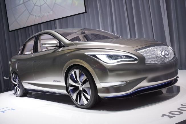 إنفينيتي ستكشف عن سيارة كهربائية إختبارية مطلع العام المقبل