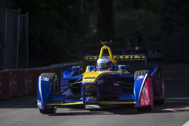 نيسان ستحل بديلة لرينو في منافسات بطولة فورمولا E الكهربائية