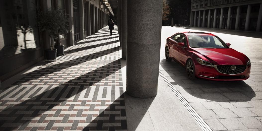 توقعات بتوفير مازدا دفع رباعي للجيل القادم من سيارات السيدان 2019-Mazda6-6-1052x526