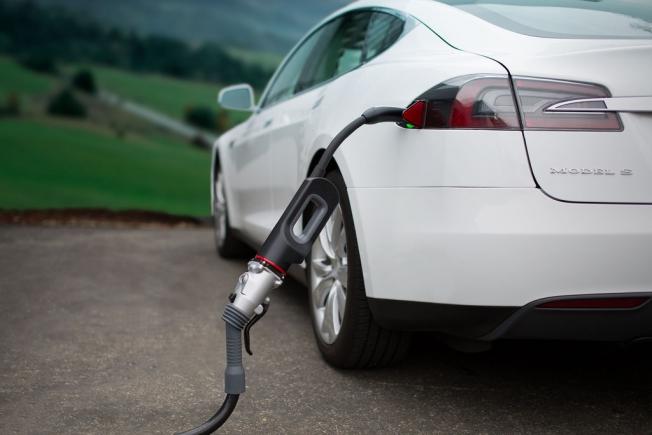 السيارات الكهربائية تصل إلى السعودية رسمياً خلال 6 أشهر