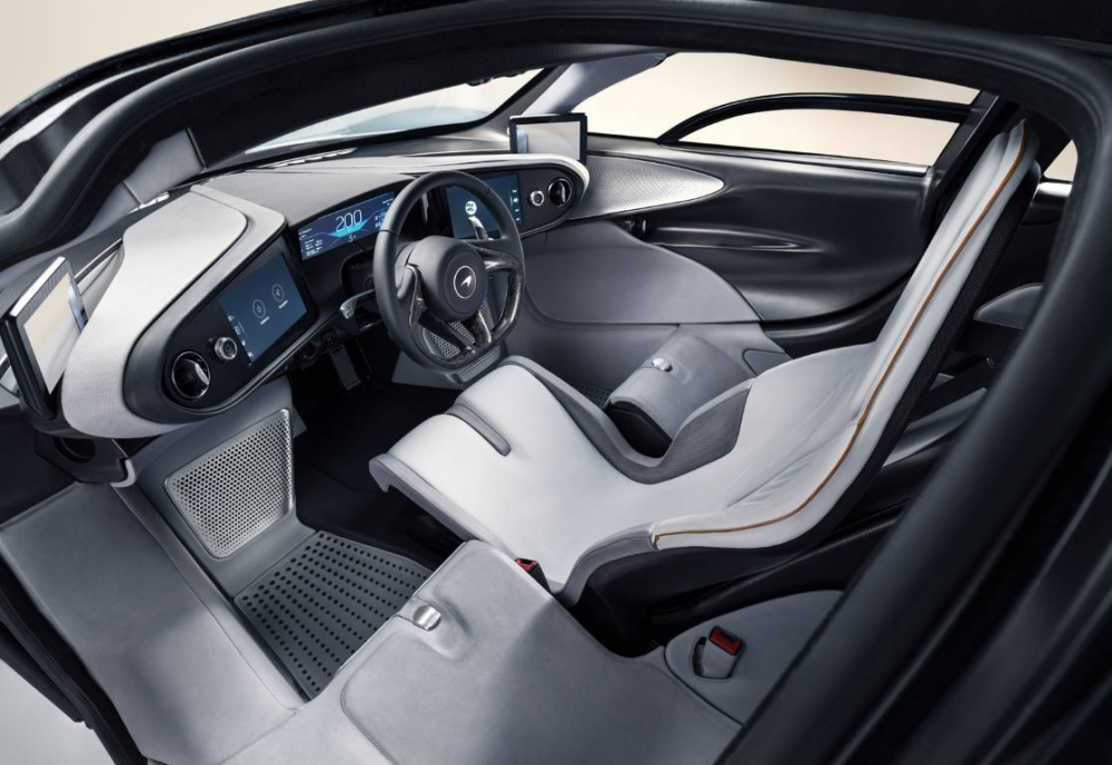 مكلارين تكشف Speedtail، السيارة الأكثر