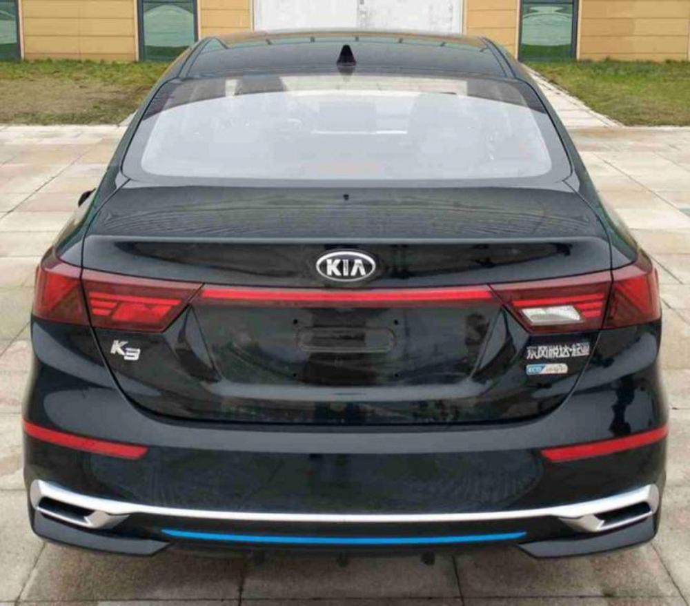 كيا تكشف عن النسخة الصينية من سيراتو الجديدة بتصميم مختلف c0bf63ee-kia-k3-seda
