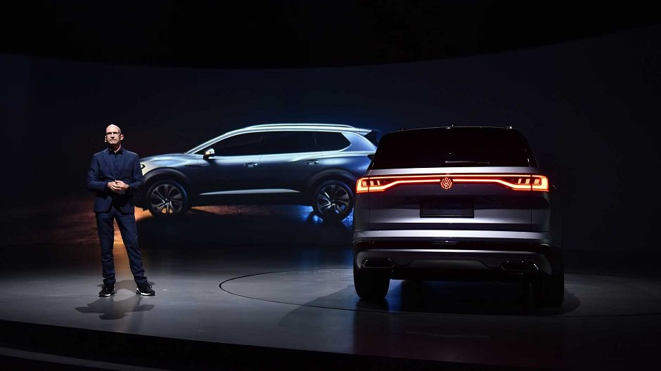 فولكس واجن تكشف عن smv الإختبارية, تلمح لأكبر سياراتها الـ suv سيارة-فولكس-فاجن-SMV