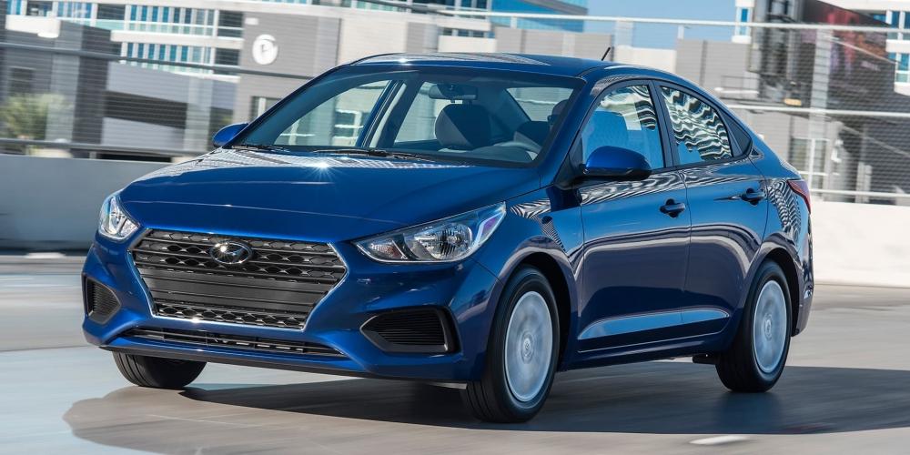 هيونداي اكسنت 2020 ستتوفر بناقل حركة cvt 2018-Hyundai-Accent-
