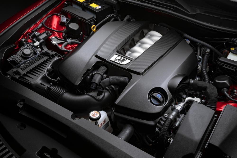 لكزس تكشف عن مواصفات سيارتها الرياضية IS 500 F Sport Performance  2022-Lexus-IS-500-F-Sport-Performance-Debut-12-1000x667