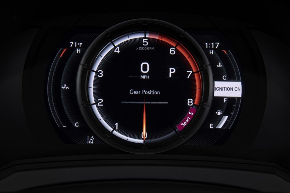 لكزس تكشف عن مواصفات سيارتها الرياضية IS 500 F Sport Performance  2022-Lexus-IS-500-F-Sport-Performance-Debut-31-1000x667