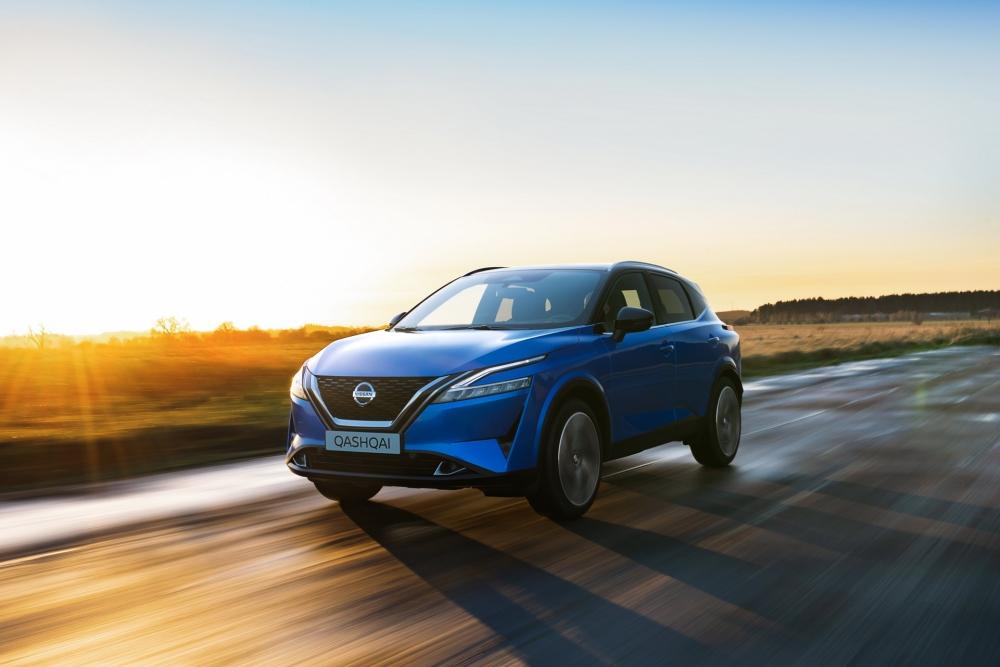 نيسان تزيح الستار عن قاشقاي 2021 الجديدة كلياً (مواصفات - صور)  2022-Nissan-Qashqai-18-1000x667