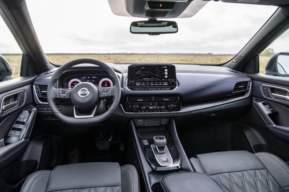 نيسان تزيح الستار عن قاشقاي 2021 الجديدة كلياً (مواصفات - صور)  2022-Nissan-Qashqai-53-1000x667