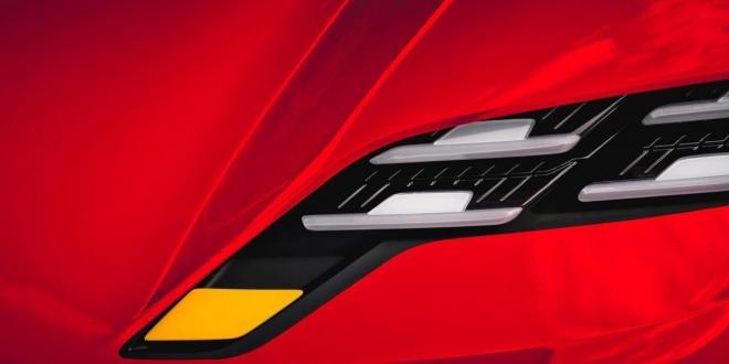 كشفت بورش عن صورة تشويقية لسيارة كهربائية جديدة دون إعلان تفاصيل. ستصل السيارة في سبتمبر ويتوقع أن تكون 718 كهربائية.
