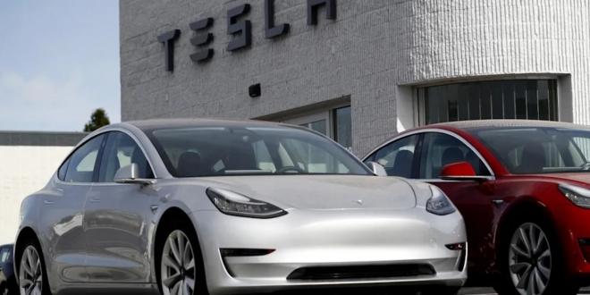 أعلن في الولايات المتحدة عن تحقيقات رسيمة وشاملة في قضايا حوادث سيارات تيسلا مع نظام Autopilot.
